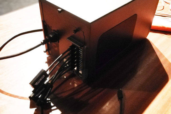 Sonnet-eGFX-Breakaway-Box-650-W-eGPU-Radeon-Pro-WX-9100